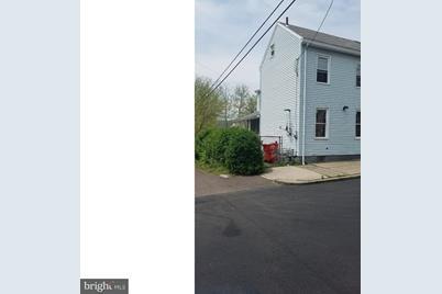 117 N Adams Street - Photo 1