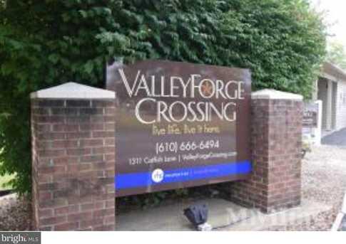 110 Valley Lane - Photo 1