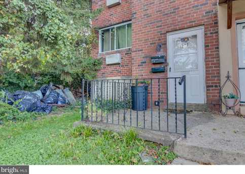3223 Berkley Avenue - Photo 2