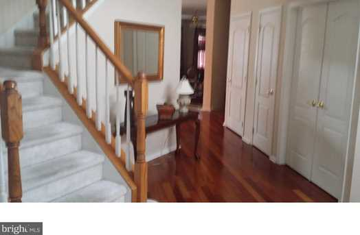 727 Green Ave - Photo 2