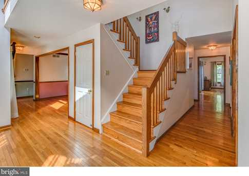435 Mulberry Court - Photo 2