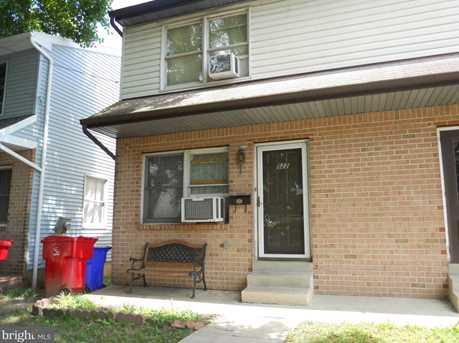 522 W Chestnut Street - Photo 2