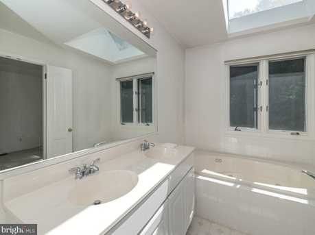 430 Wooded Way - Photo 10