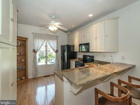 430 Wooded Way - Photo 6