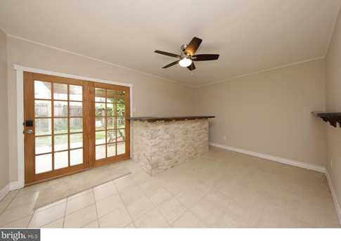 292 Goldenridge Drive - Photo 12