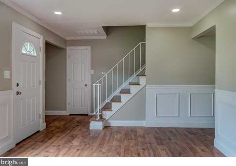 10 Suffolk Ct - Photo 4