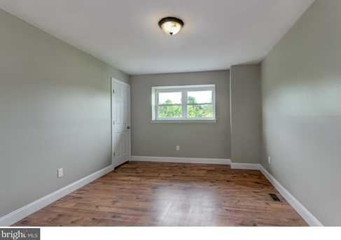 10 Suffolk Ct - Photo 18