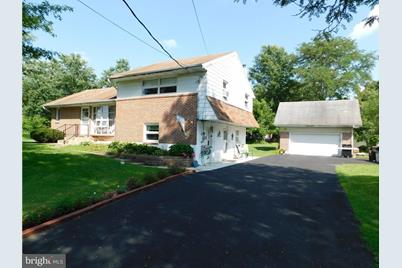 3134 Middle Creek Road - Photo 1