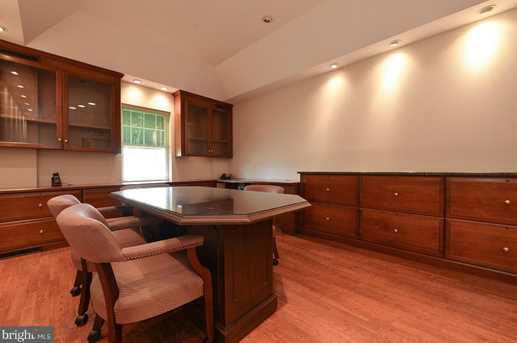 327 Curtis Ave - Photo 4