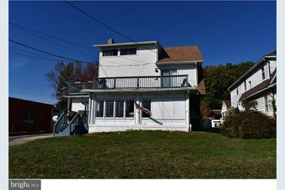 306 S Chester Pike - Photo 1