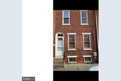 720 N Pine Street - Photo 1