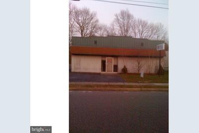 703 Kenilworth Avenue - Photo 1