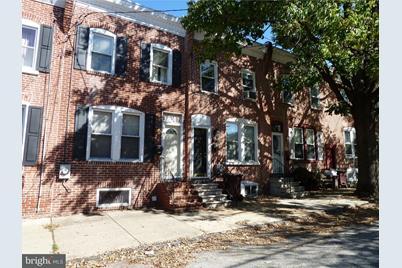 1823 W 6th Street - Photo 1
