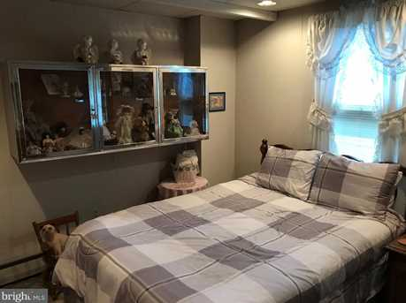 328 Hutchinson Terrace - Photo 18