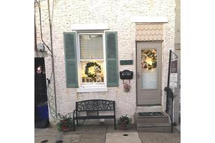 2509 Townsend Street - Photo 1