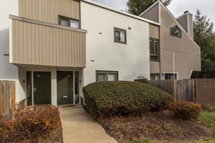 1750 Oakwood Terrace #4E - Photo 1