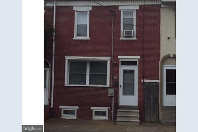 703 N Spruce Street - Photo 1