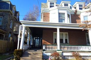 606-8 Leverington Avenue - Photo 1