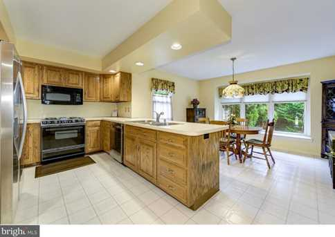 1 Willow Point - Photo 8