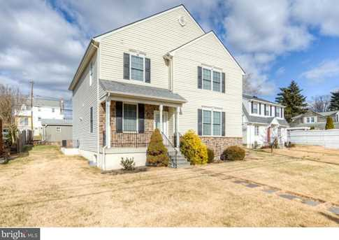 300 E Valley Forge Road - Photo 2
