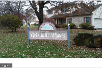11 Gristmill Court - Photo 1