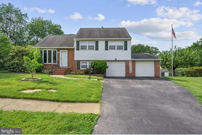 2602 Darby Drive - Photo 1