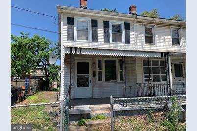 843 W 2nd Street - Photo 1