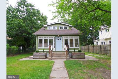 81 E Clearview Avenue - Photo 1