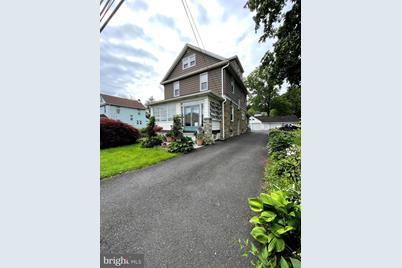 618 W Glenside Avenue - Photo 1