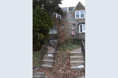 1706 Stenton Avenue - Photo 1