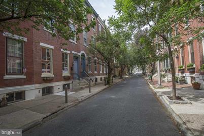 116 N Lambert Street - Photo 1