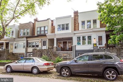 882 N 21st Street - Photo 1