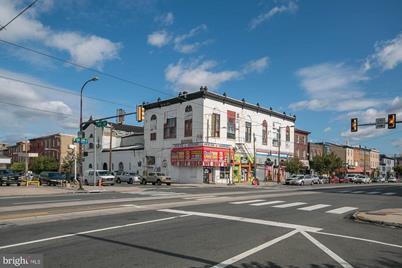527 W Girard Avenue - Photo 1