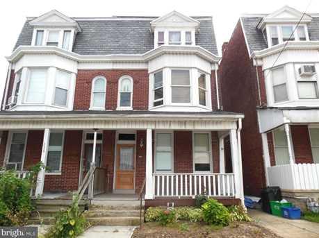 1238 W King Street - Photo 1