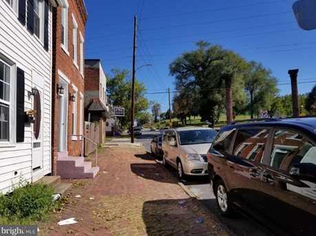 1732 Walnut Street - Photo 2