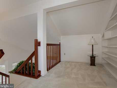 6600 Springford Terrace - Photo 8