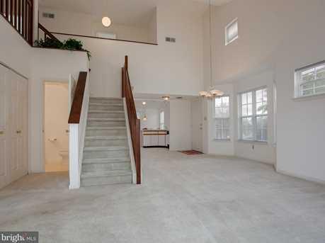 6600 Springford Terrace - Photo 6