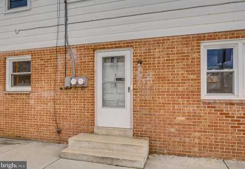 303 N East St - Photo 2