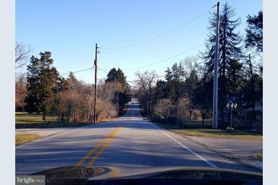 660 Greenwood Road - Photo 1
