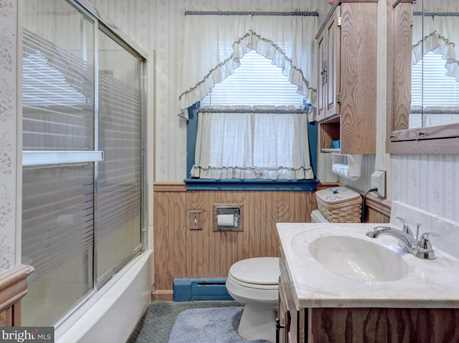 8961 Orchard Road - Photo 32
