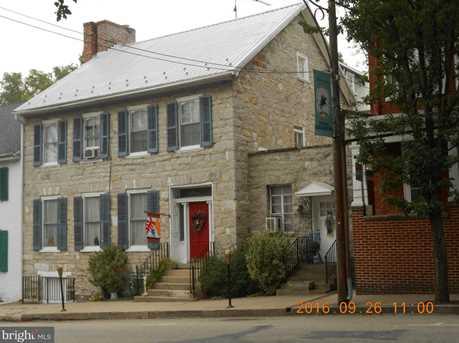 29 Main Street N - Photo 2