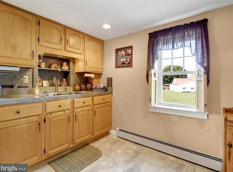 8007 Tomstown Road - Photo 12