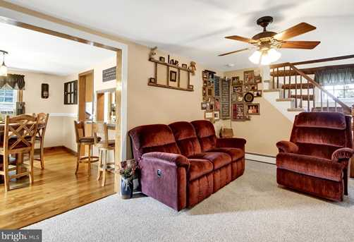 8007 Tomstown Road - Photo 6