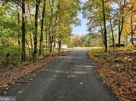 301 Redbud Lane - Photo 2