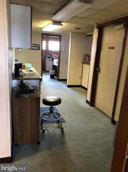 1035 Wayne Ave #SUITE C - Photo 8