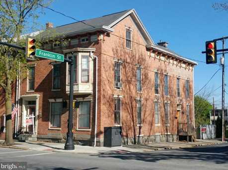 201 Chambersburg Street - Photo 2