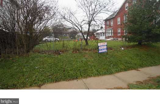 1052 E Gordon St - Photo 1