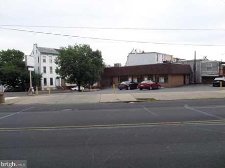 1170 Perkiomen Avenue - Photo 2