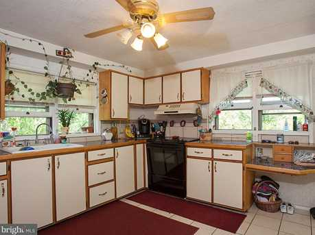 7509 Jonestown Rd - Photo 4