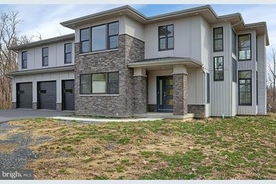6205 Appaloosa Drive - Photo 1